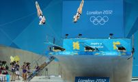 London 2012 Day Two Women's 3m Synchro Diving